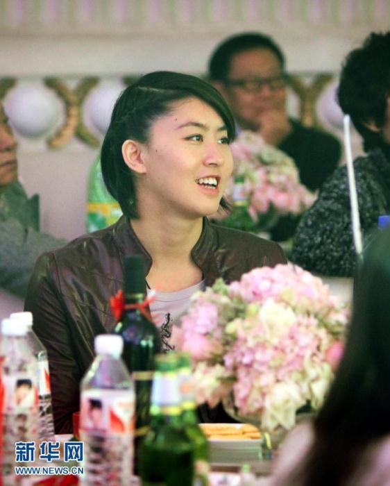 亚洲蝶后 周雅菲出嫁男篮球员莫科 2